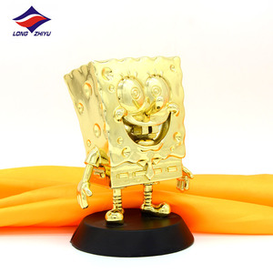 Longzhiyu 12years Manufacturer Custom SpongeBob SquarePants shaped crystal gold resin figure awards trophy