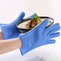 2019 new OEM/ODM small heart shape design 5 fingers Heat Resistant Kitchen Cooking silicone Gloves