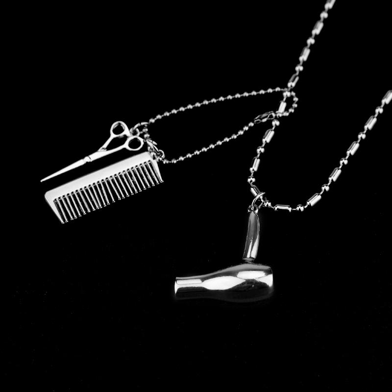 Secador de Pelo Tijeras Peine Collar de encanto Colgante Cabello Tocador Color plata