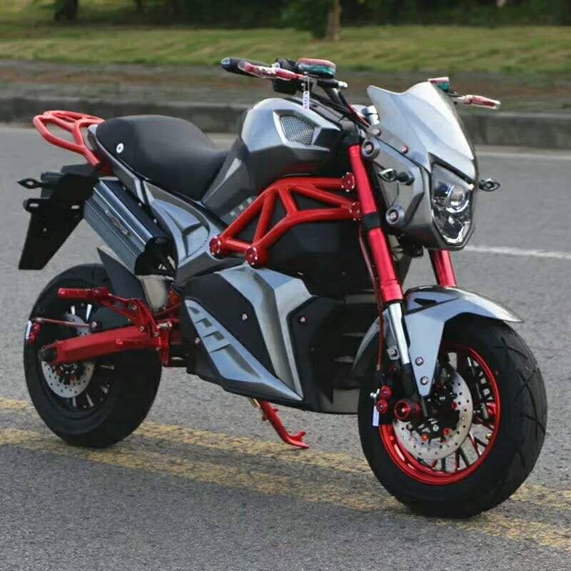 2000W ที่มีประสิทธิภาพ Fast Racing Automotor ไฟฟ้ารถจักรยานยนต์ Cool E จักรยานรถจักรยานยนต์ไฟฟ้าสำหรับผู้ใหญ่