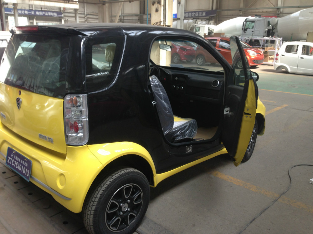 2 doors cheap chinese electric car two seater mini cars for Mini motor cars for sale