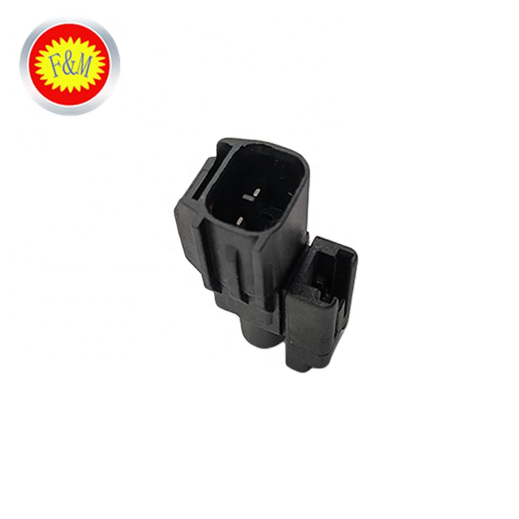 Auto Parts Air Temperature Sensor MR320628 For Car