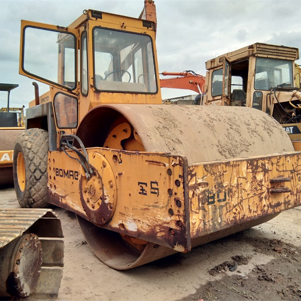 Used road roller BOMAG BW217D Cheap Price good condition for sale