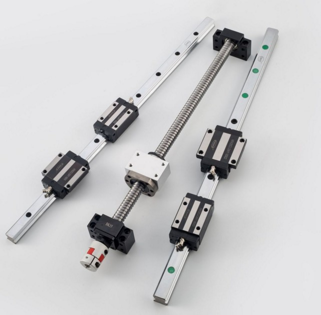 15mm linear guides HGR15 และสไลด์ HGH15CA