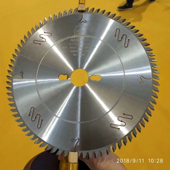 China Hot 350 mm 14'' Circular Saw Blade For Cutting Solid Wood