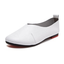 Wenzhou gros 2019 nouvelles <span class=keywords><strong>chaussures</strong></span> plates femmes grande taille femme <span class=keywords><strong>chaussures</strong></span> fond mou <span class=keywords><strong>mère</strong></span> unique femmes casual <span class=keywords><strong>chaussures</strong></span>