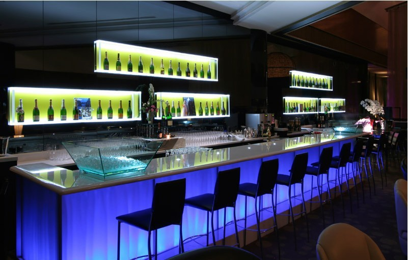 Fantastic Modern Home Led Wine Bar Design With Back Wall