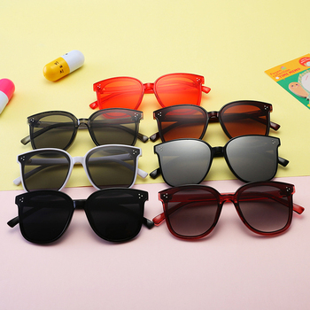 New Trendy Fashion Sunglasses Unique Temple Design Kids Sun Glasses