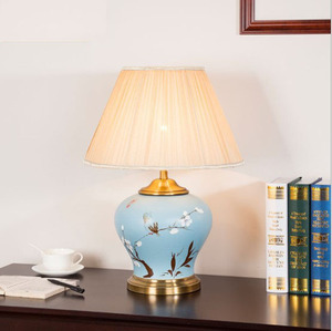 Ningbo Zhenzhi Chinese Decorative Traditional Cheap Hand Painted Ceramic Table Lamp
