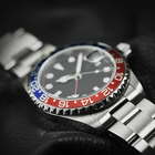 Crystal Watches Stainless Wrist Watches OEM Custom Stainless Steel Private Label Sapphire Crystal Luxury Classic GMT Time Zone Ceramic Bezel Diver Men Wrist Watches