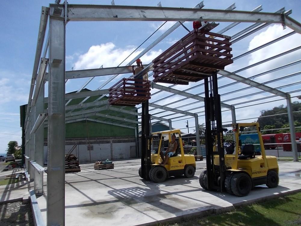 Steel Framed Factories : Second hand steel portal frame buildings for sale