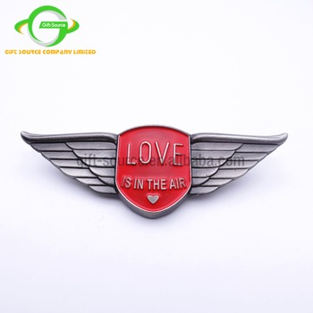 Wings lapel pins custom airline pilot badges souvenir