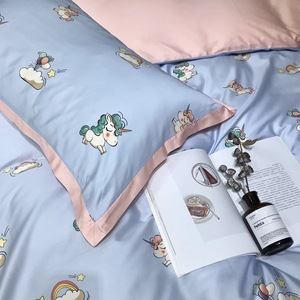 Mercerized 300TC 60s reactive printing 100% cotton sateen blue and pink printed kids unicorn bed sheet