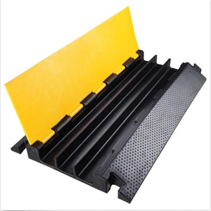 rubber driveway curb ramp 3 channel rubber cable protector 3channels road ramp cable protector