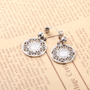 1996f549e Private Label Earrings, Private Label Earrings Suppliers and Manufacturers  at Alibaba.com