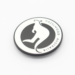 Wholesale clothing hardware custom logo tag casting metal label for bags