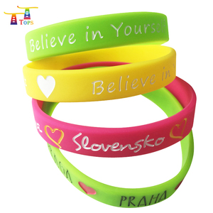 Glow In The Dark Charm Bracelets Promotional Gifts For Teenagers Wholesale Customized Silicone Wristbands Bracelet Women