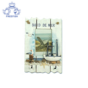 Photo frame with 2 hooks, Wall Mounted Sea style Wood Entryway Picture Frame Shelf Ornamental Boat