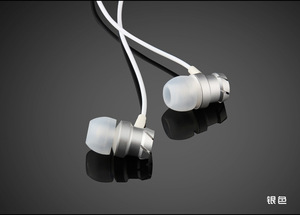 In Ear Earbud Noise Cancelling With Mic S8 S9 Hybrid Earphone with mic volume