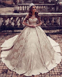 Gold Wedding Dresses.Luxury Gold Wedding Dresses Ball Gown Bridal Dresses Off Shoulder Princess Wedding Gowns Dubai Bridal Gown 2019 Vestido De Noiva