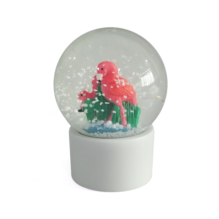 Custom สัตว์ figurine flamingo snow globe
