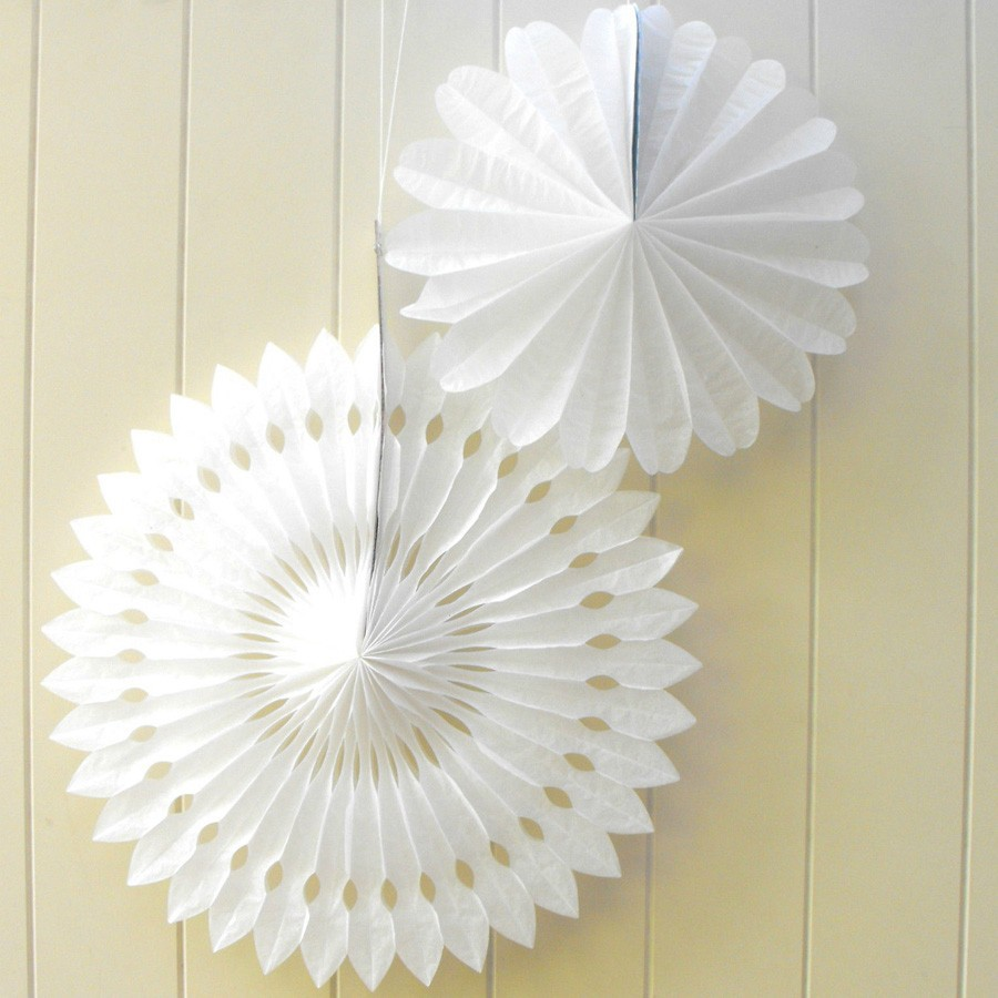Diy party decor ideas paper fan backdrop paper hanging for Decoration paper