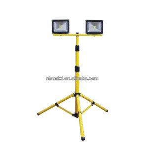 Factory wholesales in ningbo 20w light with tripod stand high lumen led work lights