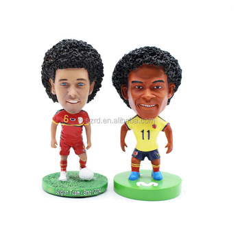 Custom famous person resin figure football player resin figures