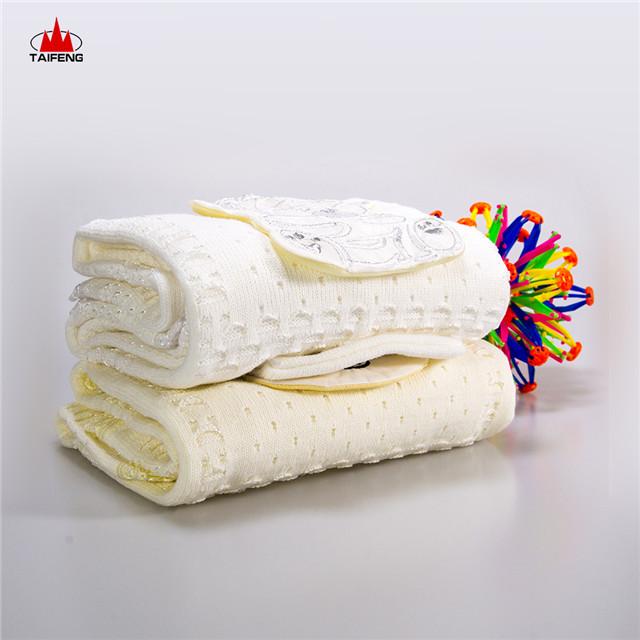 In在庫Item Promotion Price 100% Acrylic Baby Blanket