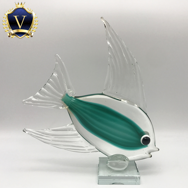 Stingray Blue Fish Hand Blown Blowing Glass Art Animal Fancy Collectible Decor