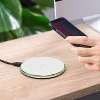 Round Portable Quick Charging Transmitter Qi Wireless Cellphone Charger for iPhone