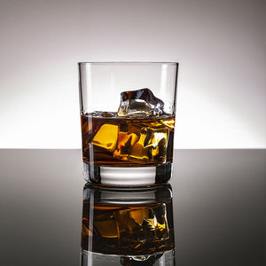 China Gold Supplier Free Design Service Square Whisky Wine Glass Cup