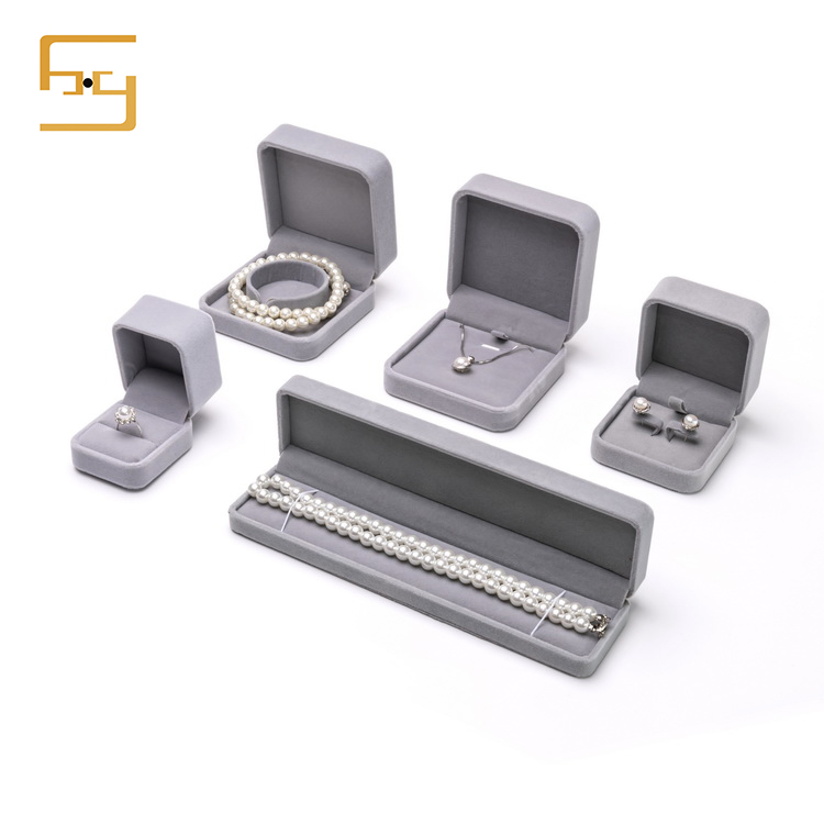 Luxury Gift Jewellery <strong>Boxes</strong> For Wedding Gray Velvet Jewelry Box