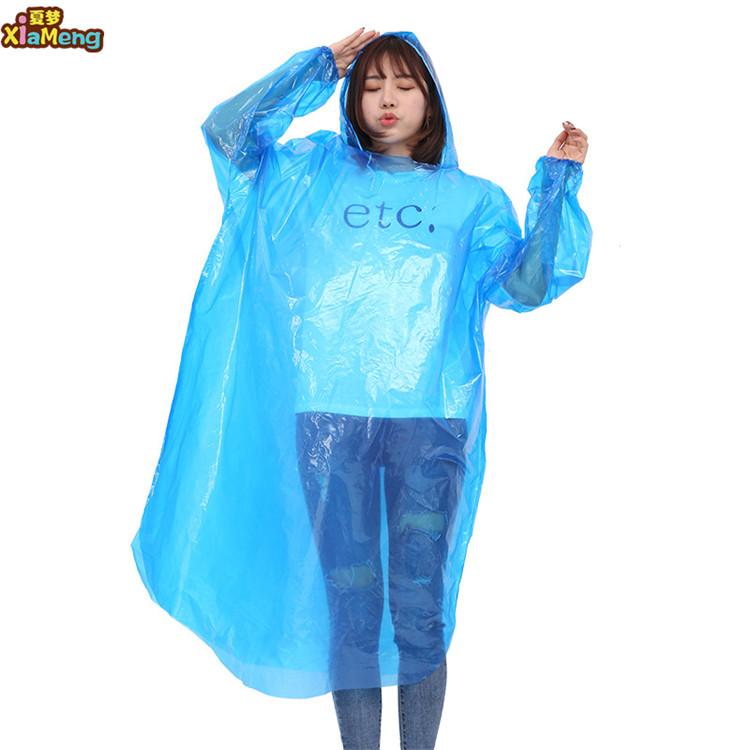 คุณภาพสูง PE 0.02 มม.rain poncho ตกปลาเสื้อกันฝนล้างทิ้ง poncho ฝน