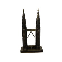 Metalen <span class=keywords><strong>Twin</strong></span> <span class=keywords><strong>Towers</strong></span> ornament voor home decor standbeeld