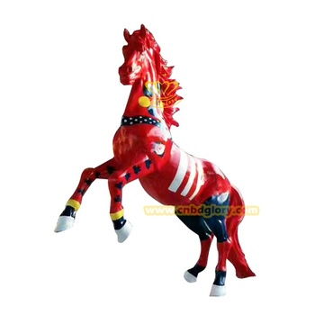 Garden ornaments colored drawing fiberglass horse sculpture