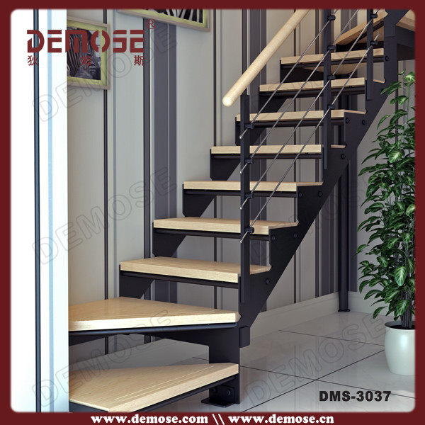 Customized Wood Tread Stainless Steel Stair Stringers Steel Staircase Structu