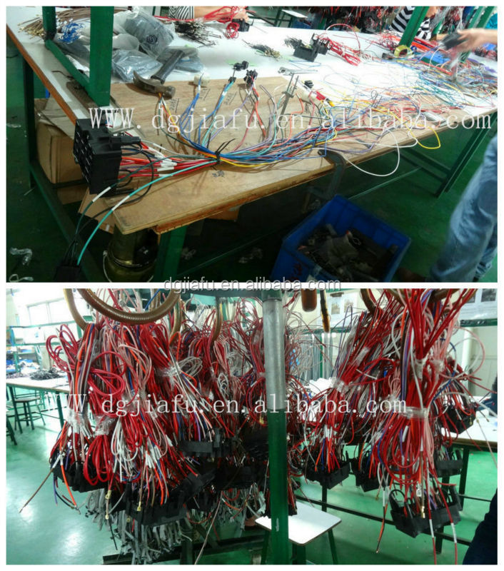 HT16eXhFMlcXXagOFbXQ universal 14 circuit wiring harness fuse holder high quality street rod universal 14 fuse 12-14 circuit wire harness at bayanpartner.co