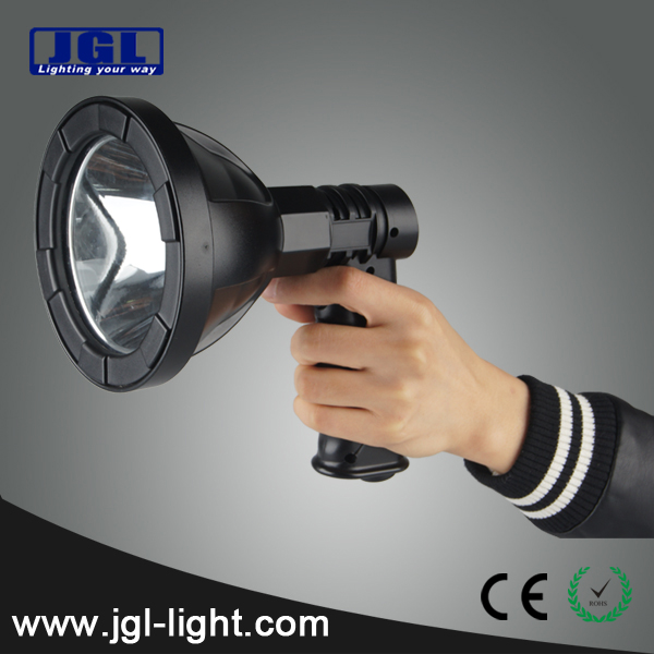 a585bd5ca18 super lightweight handheld super bright 810lm CREE T6 10W high power  rechargeable spot hunting led torch