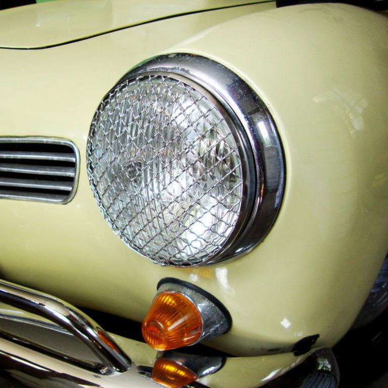 Mini Moke 7 Inch Headlight Lamp Stone Guard Protector