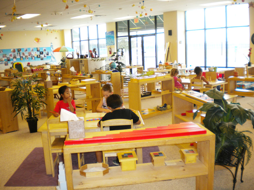 Modern Montessori Classroom ~ High quality wooden toys new educational equipments