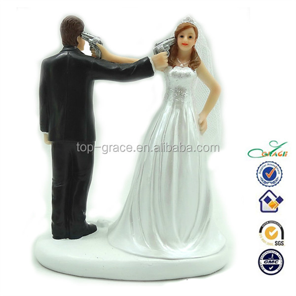 Resin Funny Shooting Bride And Groom Comical Wedding Cake Topper Buy Comical Wedding Cake Topper Comical Wedding Cake Topper Comical Wedding Cake