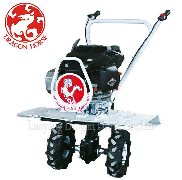China New Small Farm Equipment Mini Tractor Farming Machine