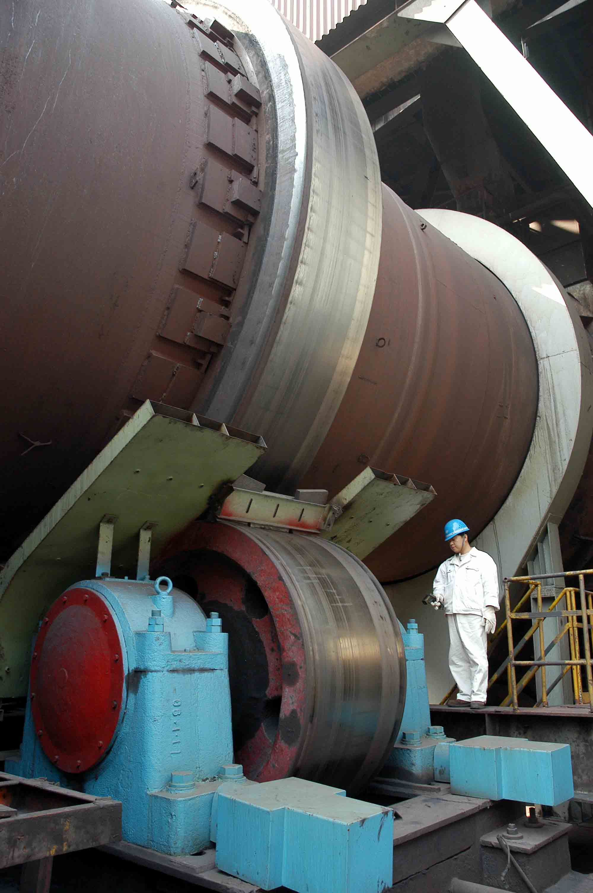 Rotary Cement Kiln : Lime cement gypsum calcination rotary kiln used in