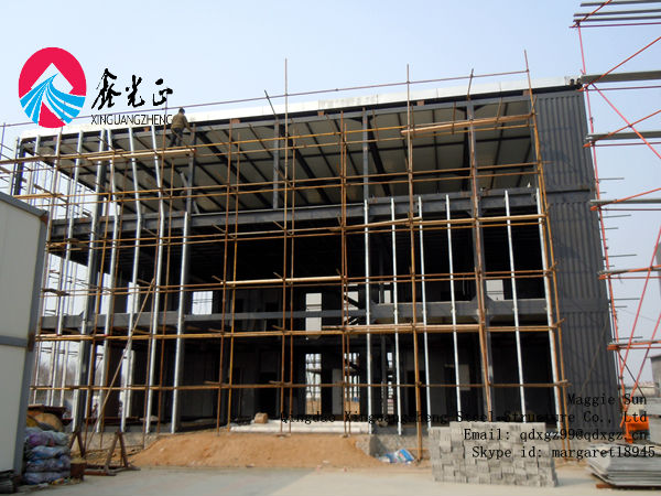 Portable assembling pre-made steel structural frame warehouse construction