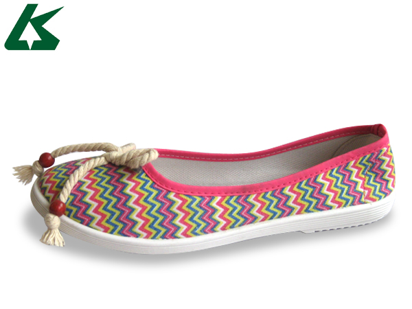 2014 New Design Ladies Shoes