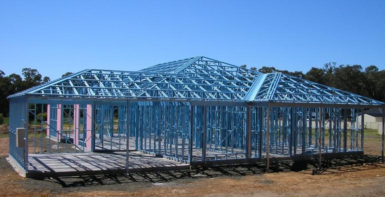Prefabricated Low Cost Steel Frame House - Buy Steel Frame House ...