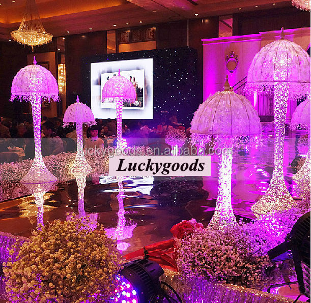 2014 White Jellyfish Wedding Pillars For Sale