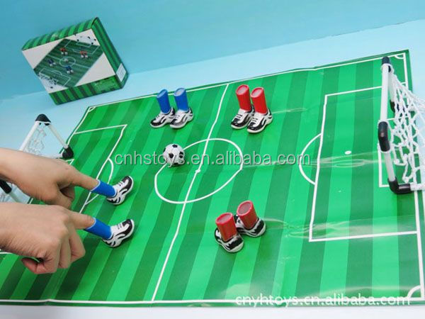 2014 very hot selling plastic game toy Finger football