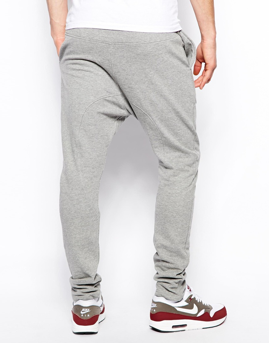 Sweatpants for Men Kick back and relax in Men's Sweatpants from Kohl's. Kohl's offers many different styles and types of men's sweatpants, like men's adidas sweatpants, men's tapered sweatpants, and men's Nike sweatpants.